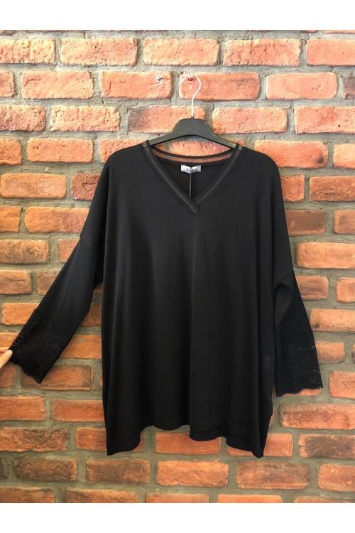1002 Lal Triko Bluz Kolu Dantel Detaylı Siyah