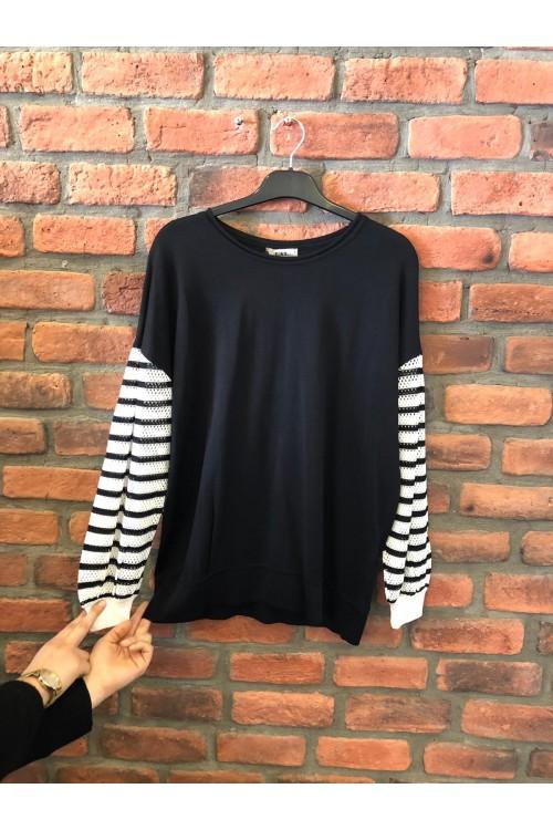 1005 Lal Triko Bluz Bedeni Siyah Kolları Beyaz Çizgili